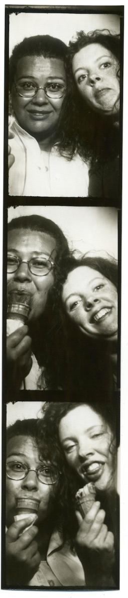 photobooth18:12:1998#02