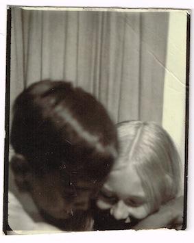 photoboothDonna-MeCarlos1969