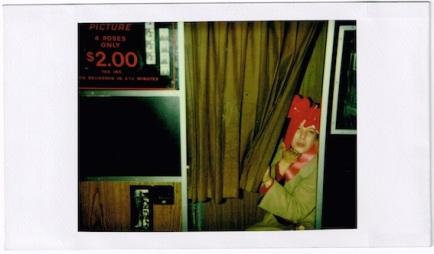 photoboothPolaroidBowTattooMan02