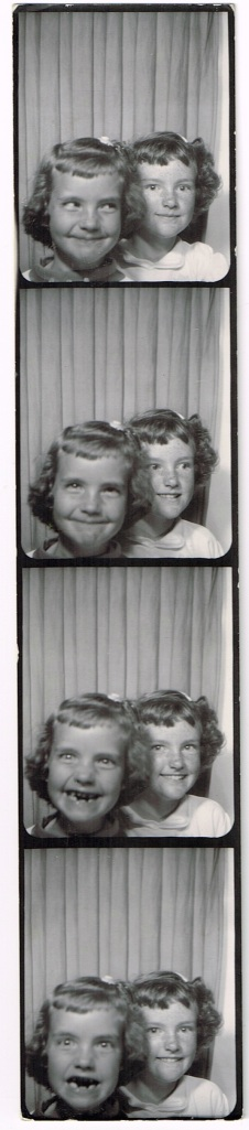 photoboothtoothlessCutie&friend